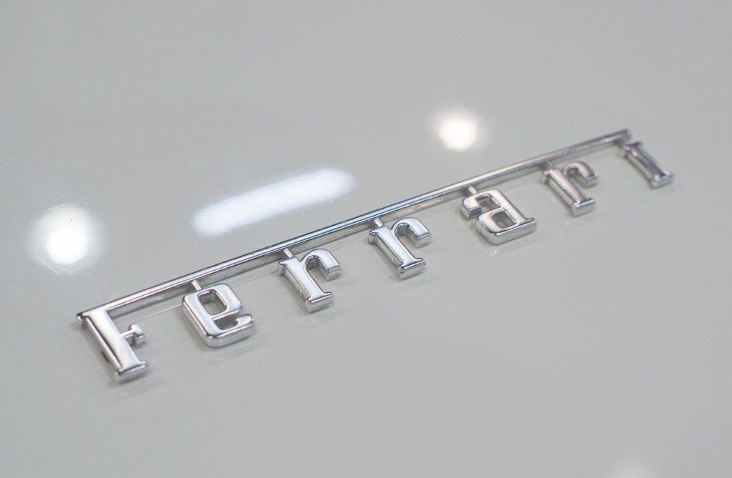 フェラーリのロゴイメージ